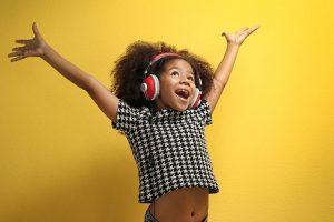 Vi var en av de första musikstudios i Sverige att erbjuda DJ-kurser för barn och ungdom. Än idag har vi en starkt växande barn- och ungdomsverksamhet där studion agerar kreativitetsscen.